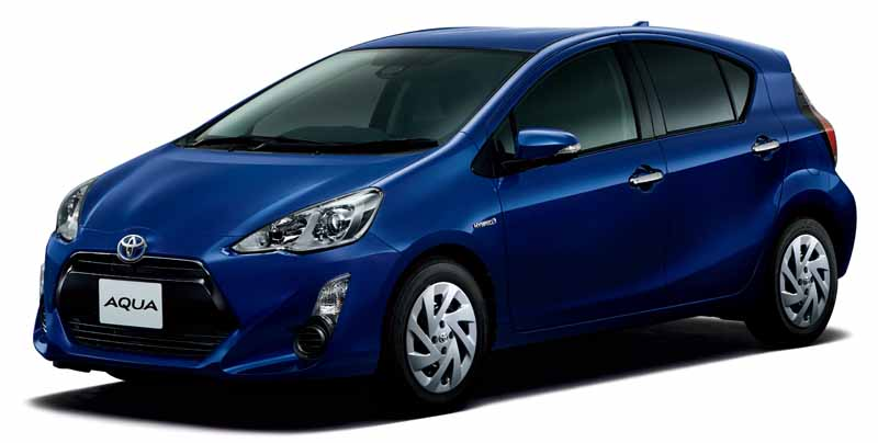 toyota-released-a-special-edition-models-of-aqua-appeal-the-texture-up-in-equipment-expansion-including-a-new-color20160512-1