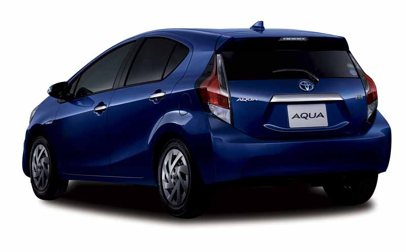 toyota-released-a-special-edition-models-of-aqua-appeal-the-texture-up-in-equipment-expansion-including-a-new-color20160512-2