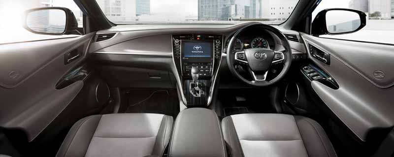 toyota-released-a-special-specification-car-which-has-been-subjected-to-suede-interior-to-harrier20160523-2