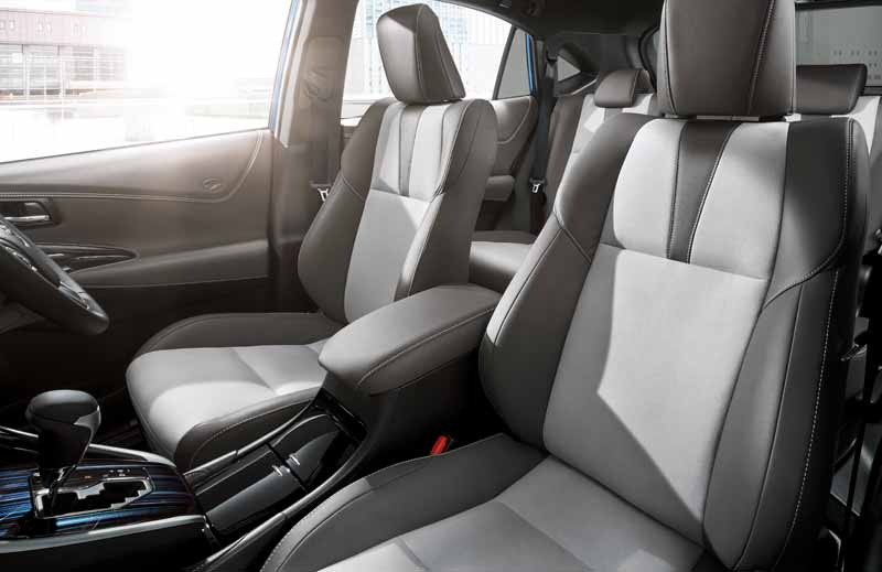 toyota-released-a-special-specification-car-which-has-been-subjected-to-suede-interior-to-harrier20160523-3