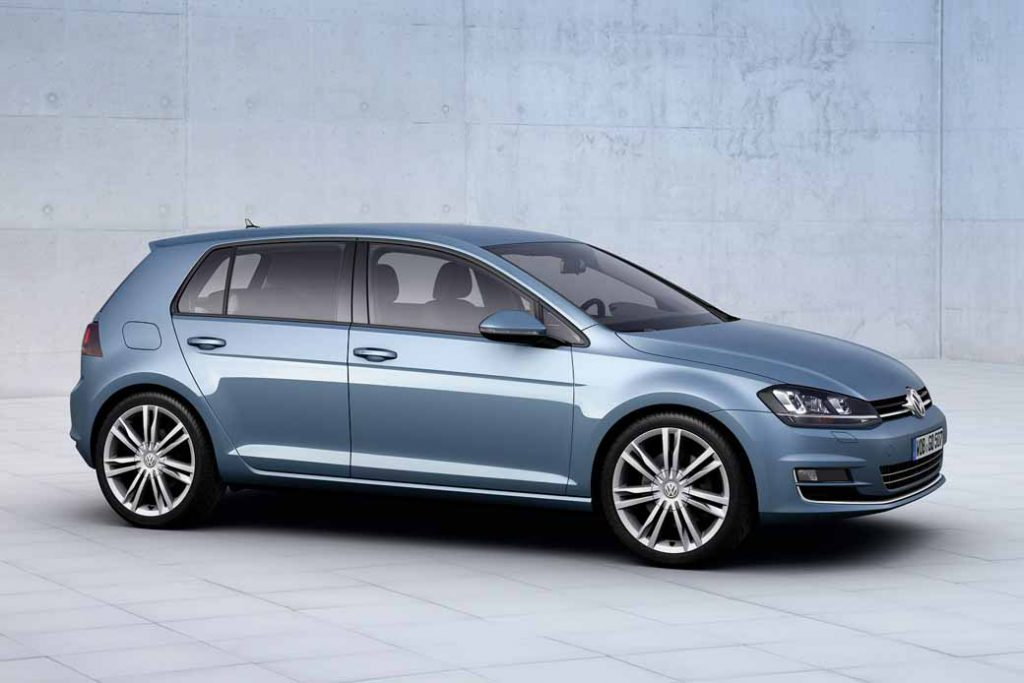 volkswagen-the-start-of-the-exhaust-gas-recall-from-golf-in-the-2-liter-engine20160508-1