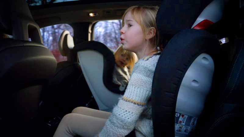 volvo-and-yellowtail-tax-romer-to-a-new-generation-child-seat-sale-considering-the-ease-of-use-and-comfort20160518-2