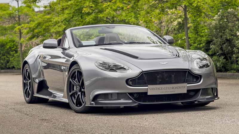 aston-martin-announced-the-ultimate-roadster-vantage-gt12-roadster20160626-8