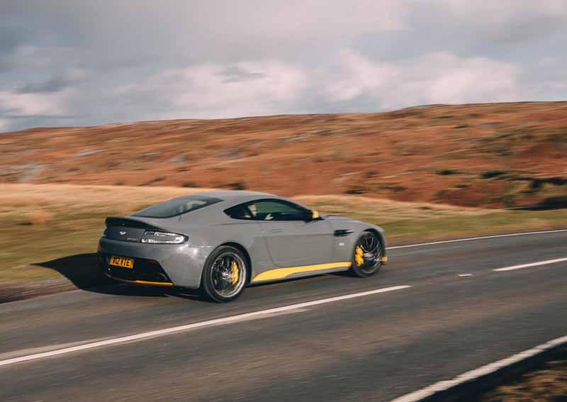 aston-martin-v12-vantage-s-manual-transmission-specification-released20160601-4