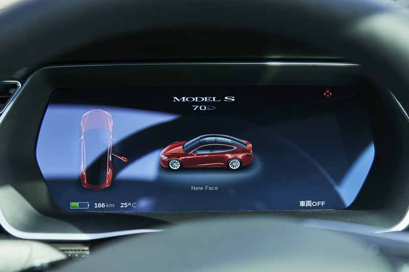 enika-tesla-model-s-free-1-day-test-drive-right-and-special-party-invitation-campaign-of-automatic-operation-featured20160601-8