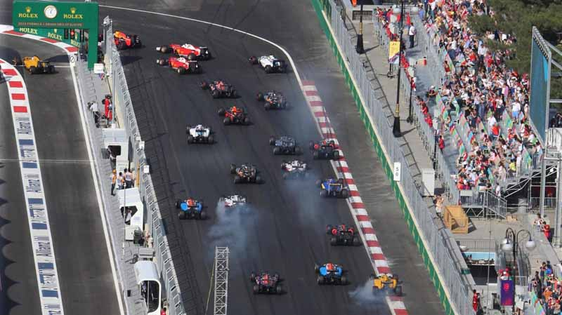 f1-european-gp-finals-rosberg-this-season-fifth-victory-to-protect-the-lead-from-the-pp-not-reach-the-winning-baton-11th20160621-38
