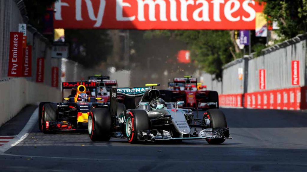 f1-european-gp-finals-rosberg-this-season-fifth-victory-to-protect-the-lead-from-the-pp-not-reach-the-winning-baton-11th20160621-44