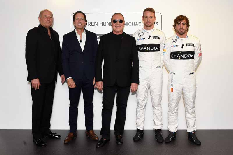 fashion-brand-michael-kors-signed-a-mclaren-honda-and-partnership20160627-3