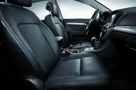 gm-japan-released-a-special-specification-car-chevrolet-captiva-perfect-black20160628-4