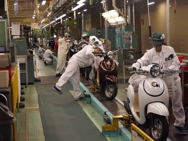 honda-to-full-recovery-in-motorcycle-production-in-mid-august-in-kumamoto-factory20160615-1