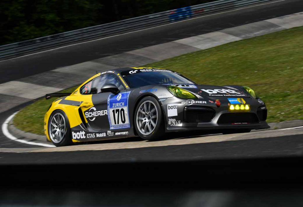 in-the-nurburgring-24-hour-race-customer-team-of-porsche-has-won-five-of-the-class-victory20160603-5
