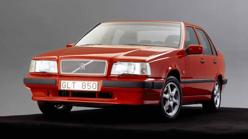 it-was-the-fame-of-the-name-of-volvo-models-volvo-850-launched-25-anniversary20160607-4