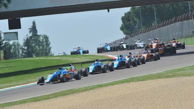 italy-f4-championship-third-round-of-imola-mick-schumacher-maintain-second-place-rankings20160605-4