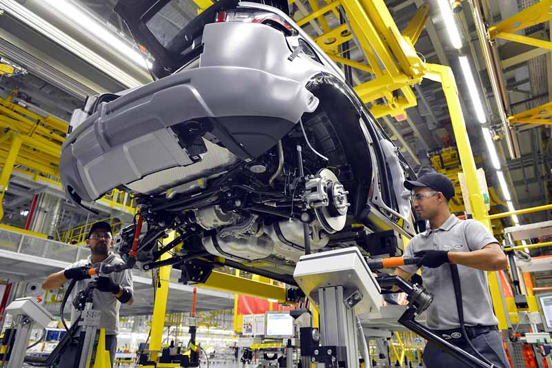 jaguar-land-rover-opened-a-manufacturing-plant-wholly-owned-will-be-the-first-in-brazil-except-in-the-united-kingdom20160621-6