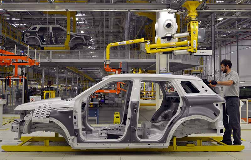 jaguar-land-rover-opened-a-manufacturing-plant-wholly-owned-will-be-the-first-in-brazil-except-in-the-united-kingdom20160621-7