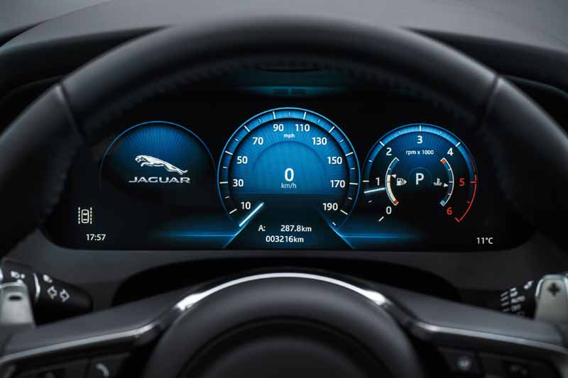 jaguar-performance-suv-f-pace-start-full-scale-orders-from-june-1320160613-5