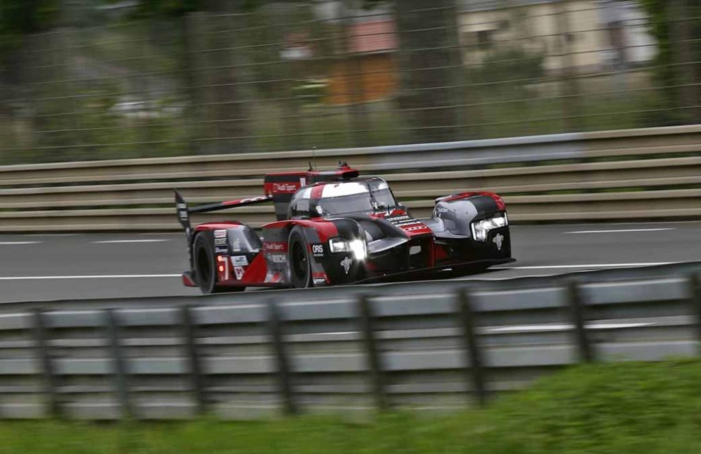 le-mans-24-hours-endurance-race-of-2016-is-comprised-of-the-most-demanding-race-throughout-the-year-for-audi20160613-9