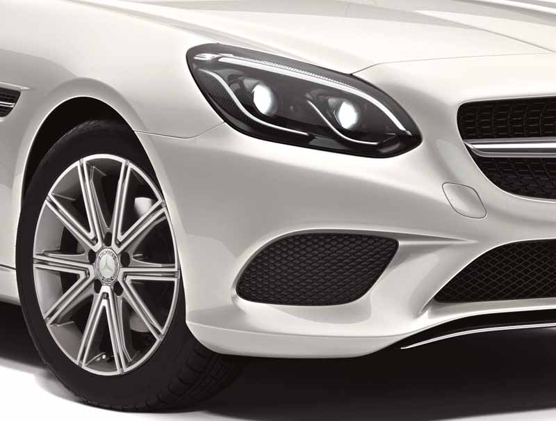 mercedes-benz-japan-announced-a-new-slc20160602-SLC180-16