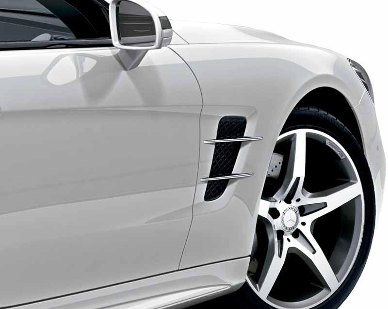mercedes-benz-japan-launched-the-new-sl20160602-SL400-3