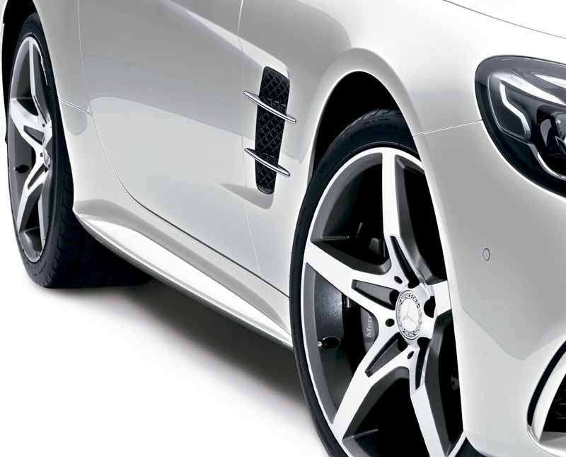 mercedes-benz-japan-launched-the-new-sl20160602-SL400-4