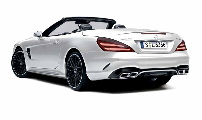 mercedes-benz-japan-launched-the-new-sl20160602-SL63-2