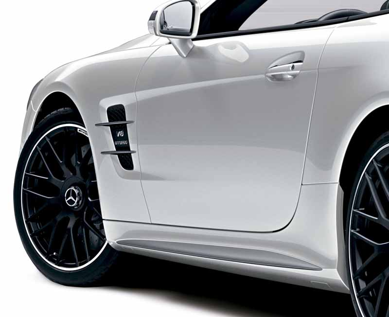 mercedes-benz-japan-launched-the-new-sl20160602-SL63-4