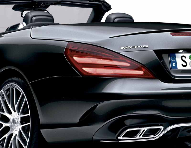 mercedes-benz-japan-launched-the-new-sl20160602-SL65-3