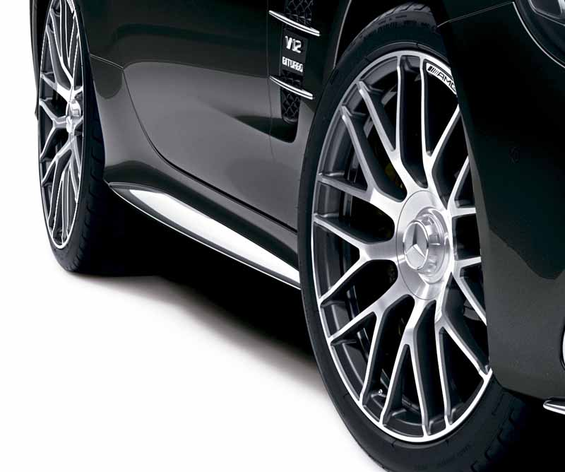 mercedes-benz-japan-launched-the-new-sl20160602-SL65-4