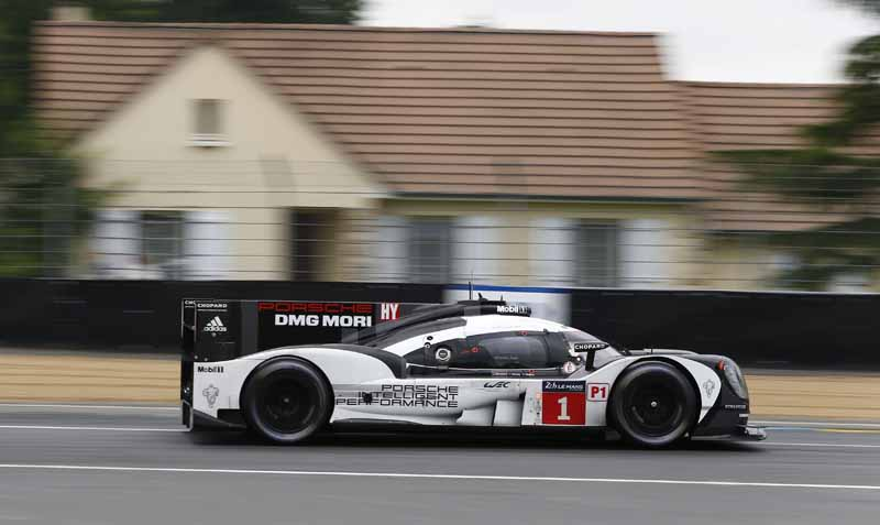 porsche-919-hybrid-of-wec-machine-run-the-french-suburb-of-public-road-at-320km-h-than20160609-21