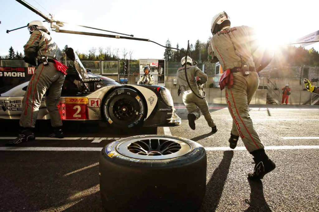 porsche-ag-and-919-hybrid-aiming-to-le-mans-24-hour-race20160607-2