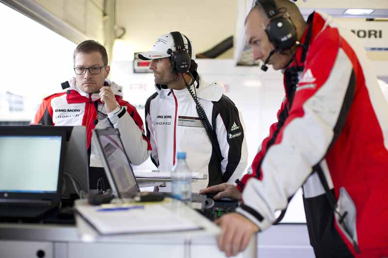 porsche-ag-and-919-hybrid-aiming-to-le-mans-24-hour-race20160607-9
