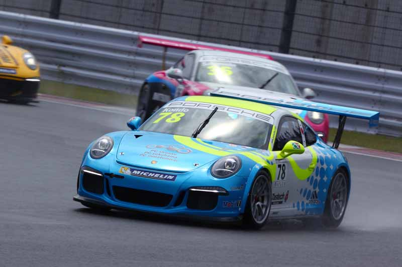 porsche-carrera-cup-japan-fifth-6-races-take-away-the-five-wins-this-season-in-the-winning-streak-of-the-tsubasa-kondo20160606-17