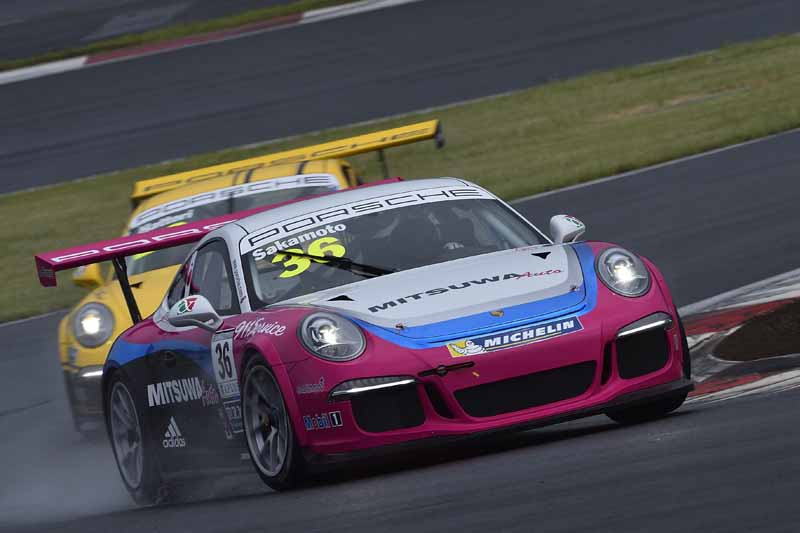 porsche-carrera-cup-japan-fifth-6-races-take-away-the-five-wins-this-season-in-the-winning-streak-of-the-tsubasa-kondo20160606-18
