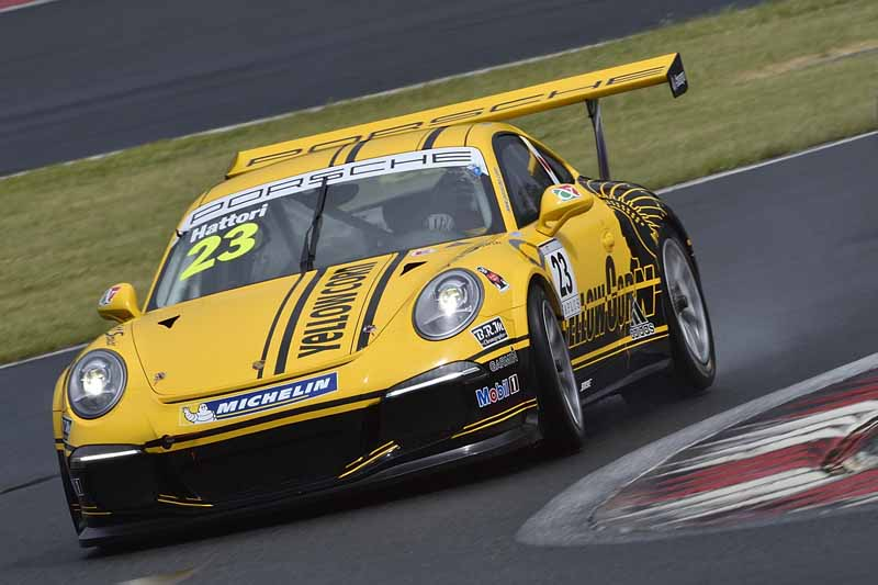 porsche-carrera-cup-japan-fifth-6-races-take-away-the-five-wins-this-season-in-the-winning-streak-of-the-tsubasa-kondo20160606-19