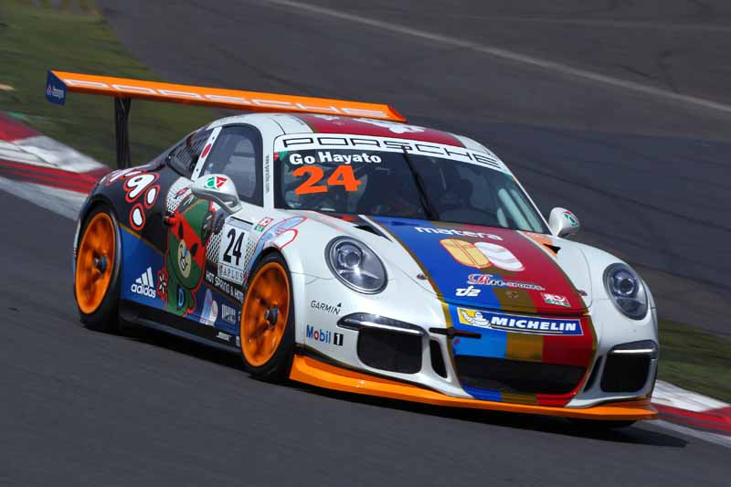 porsche-carrera-cup-japan-fifth-6-races-take-away-the-five-wins-this-season-in-the-winning-streak-of-the-tsubasa-kondo20160606-37