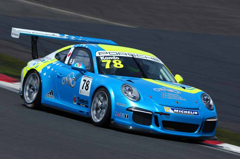 porsche-carrera-cup-japan-fifth-6-races-take-away-the-five-wins-this-season-in-the-winning-streak-of-the-tsubasa-kondo20160606-5
