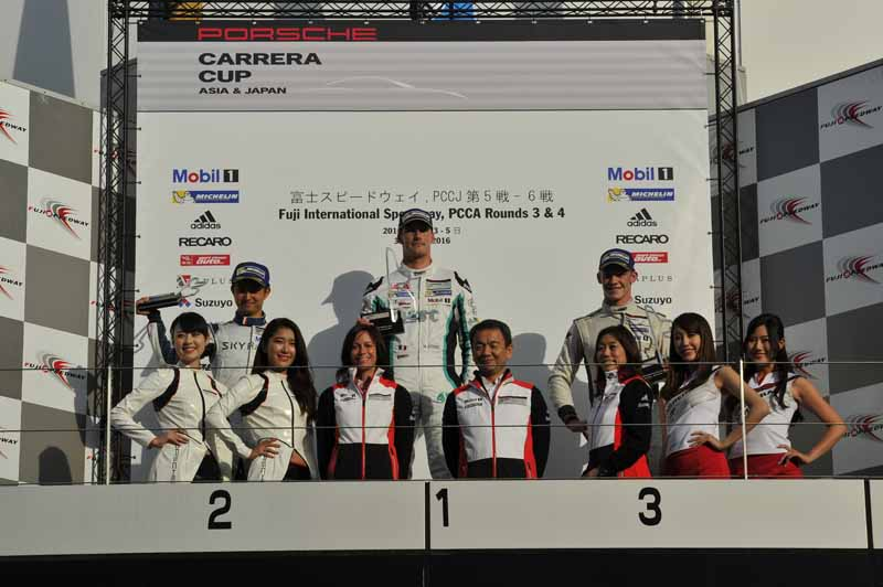 porsche-carrera-cup-japan-fifth-6-races-take-away-the-five-wins-this-season-in-the-winning-streak-of-the-tsubasa-kondo20160606-7