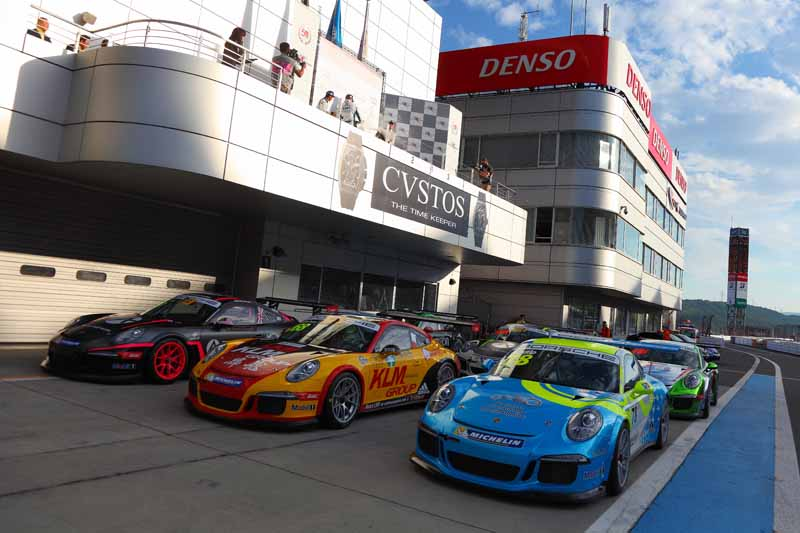 porsche-carrera-cup-japan-fifth-6-races-take-away-the-five-wins-this-season-in-the-winning-streak-of-the-tsubasa-kondo20160606-9