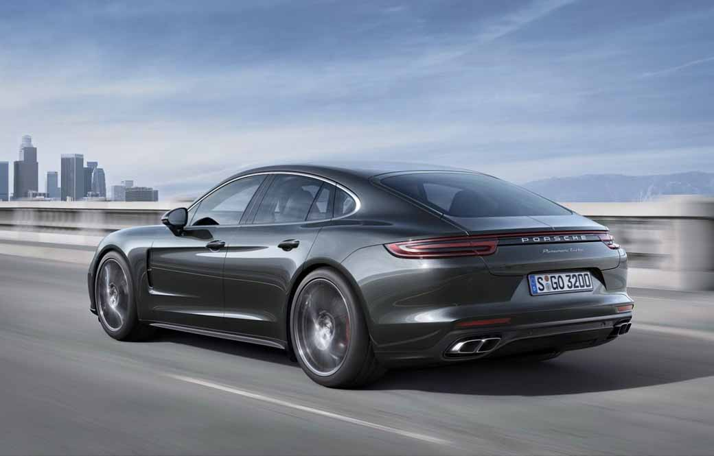 porsche-held-the-world-premiere-of-the-new-panamera-in-berlin20160629-17