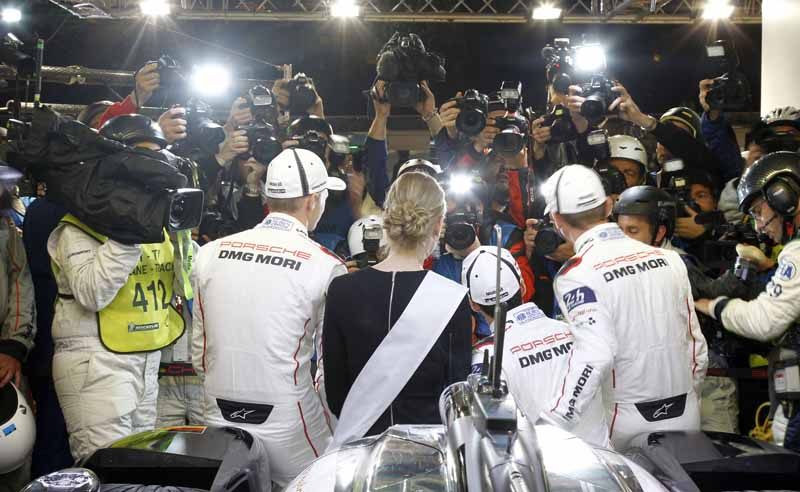 porsche-won-the-18-time-of-the-pole-position-at-le-mans-in-the-919-hybrid20160618-13