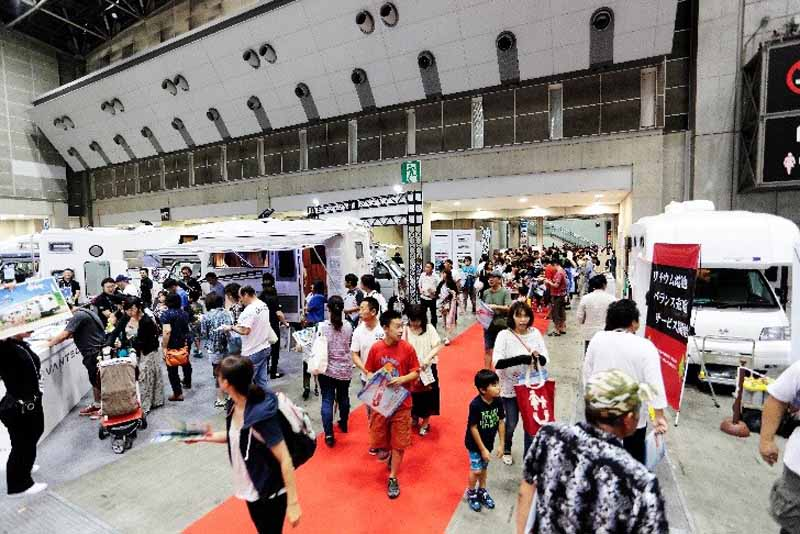 tokyo-camper-show-2016-july-opening-gathered-about-160-units-most-of-the-past-to-the-tokyo-big-sight20160616-5