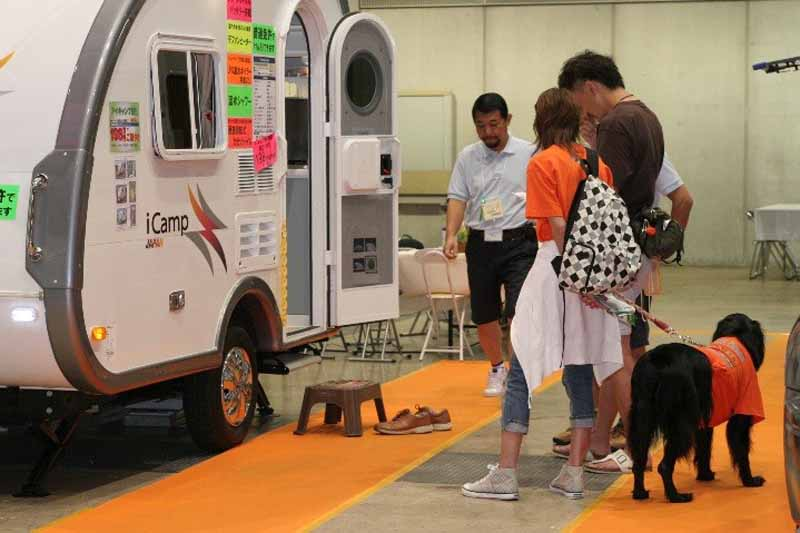 tokyo-camper-show-2016-july-opening-gathered-about-160-units-most-of-the-past-to-the-tokyo-big-sight20160616-7