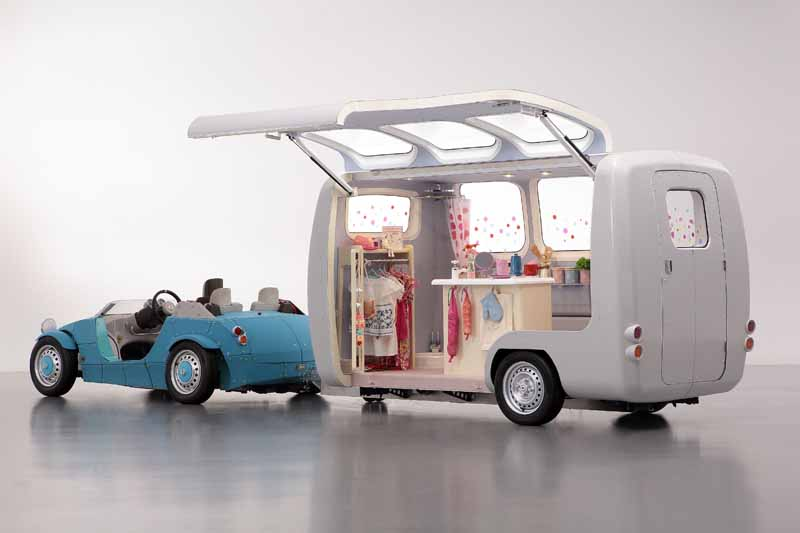 toyota-exhibited-the-trailer-that-you-can-customize-the-space-inside-the-vehicle-in-the-parent-and-child-to-tokyo-toy-show-2016-0607-4
