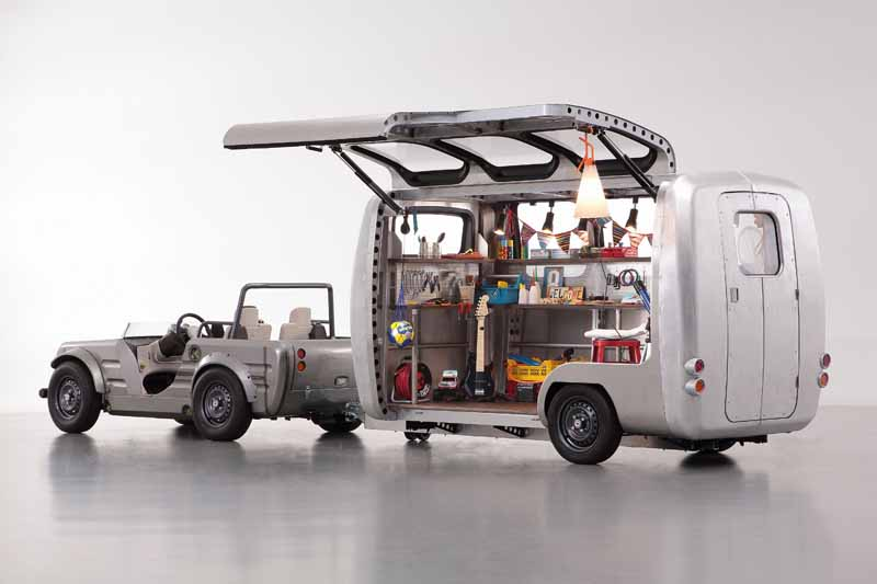 toyota-exhibited-the-trailer-that-you-can-customize-the-space-inside-the-vehicle-in-the-parent-and-child-to-tokyo-toy-show-2016-0607-5