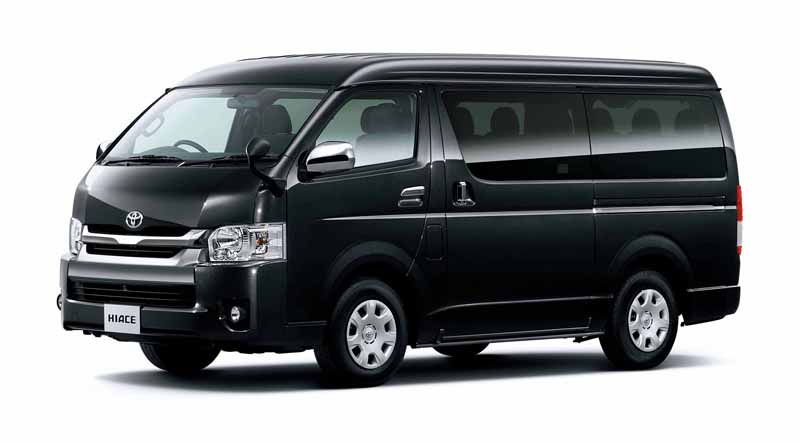 toyota-improved-part-in-response-to-an-increase-in-the-elderly-population-the-hiace-and-regius-ace20160601-12