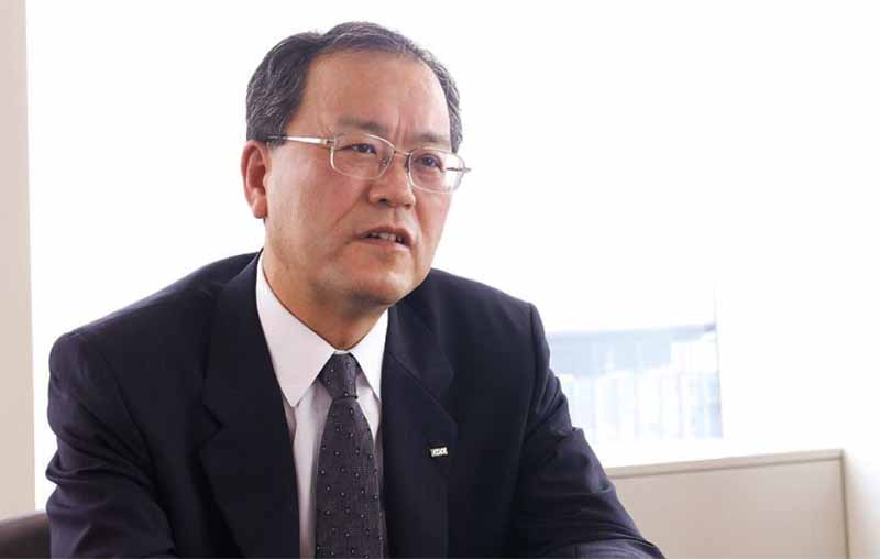 toyota-motor-corp-building-a-global-communication-platform-of-the-lead-car-in-kddi-jointly20160602-7