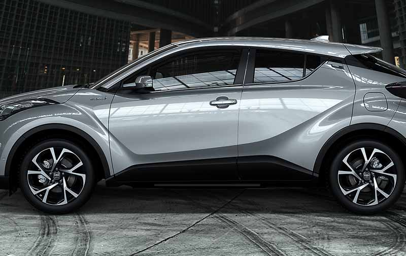 toyota-unveiled-the-interior-design-of-the-toyota-c-hr-in-milan-italy20160628-20