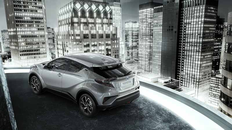toyota-unveiled-the-interior-design-of-the-toyota-c-hr-in-milan-italy20160628-8