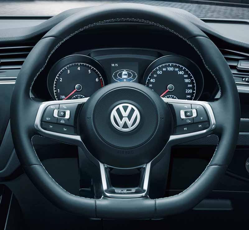 volkswagen-adding-tsi-r-line-to-the-golf-touran20160621-18