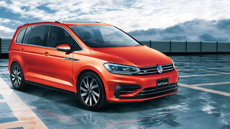 volkswagen-adding-tsi-r-line-to-the-golf-touran20160621-2